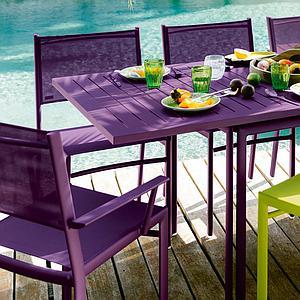 COSTA by Fermob table à allonge aubergine