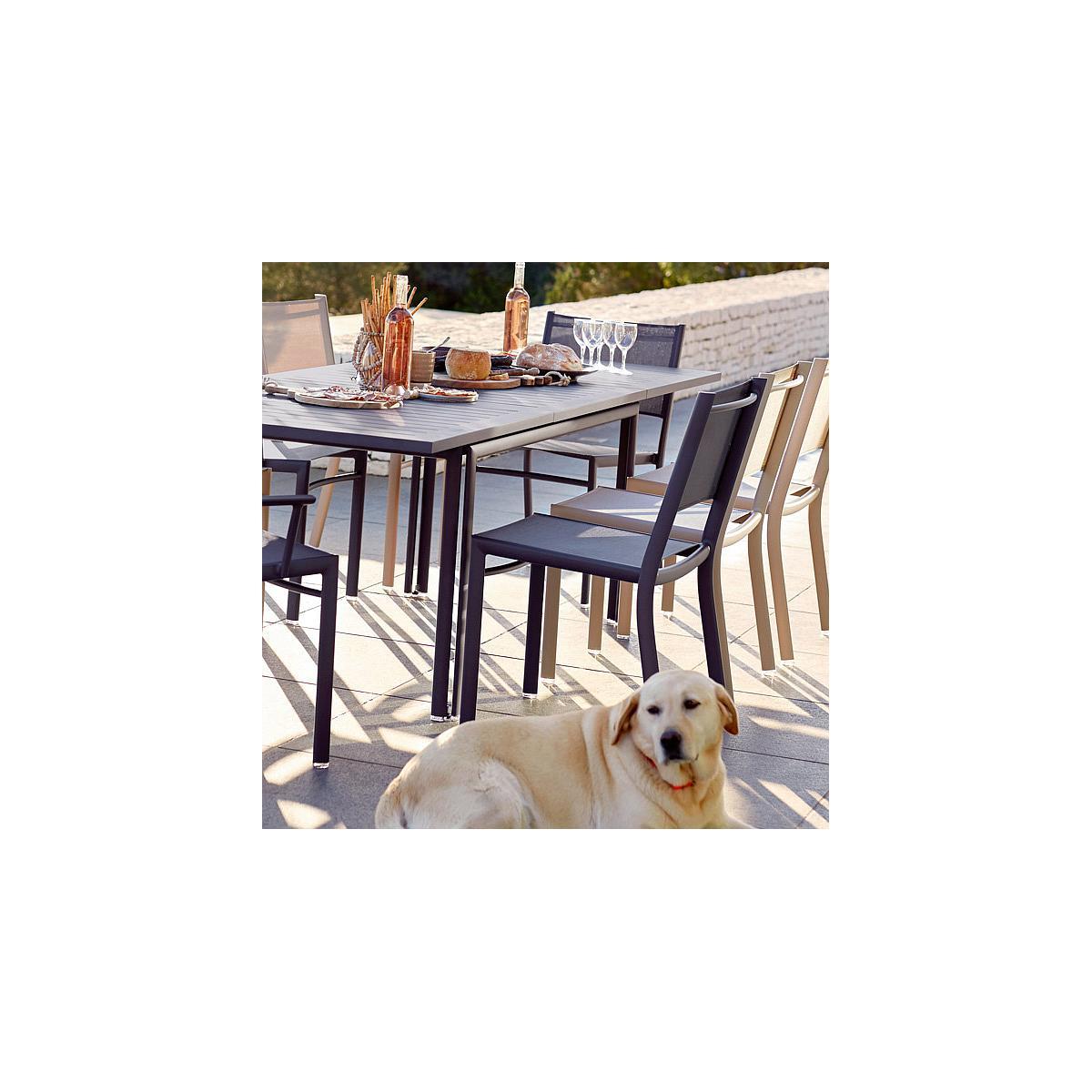 COSTA by Fermob table à allonge vert cèdre