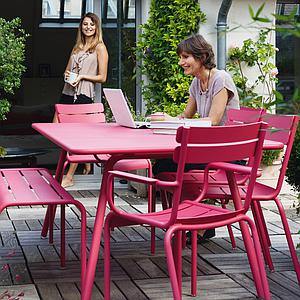 LUXEMBOURG by Fermob Table confort 6 Carbone