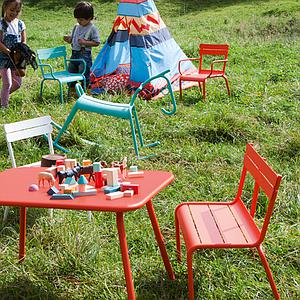 LUXEMBOURG KID by Fermob Table blanc coton