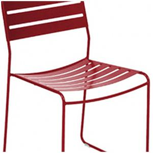 SURPRISING by Fermob Chaise Rouge piment