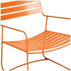 SURPRISING by Fermob Fauteuil bas Orange carotte