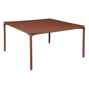 Table 140x140cm CALVI Fermob rouge ocre