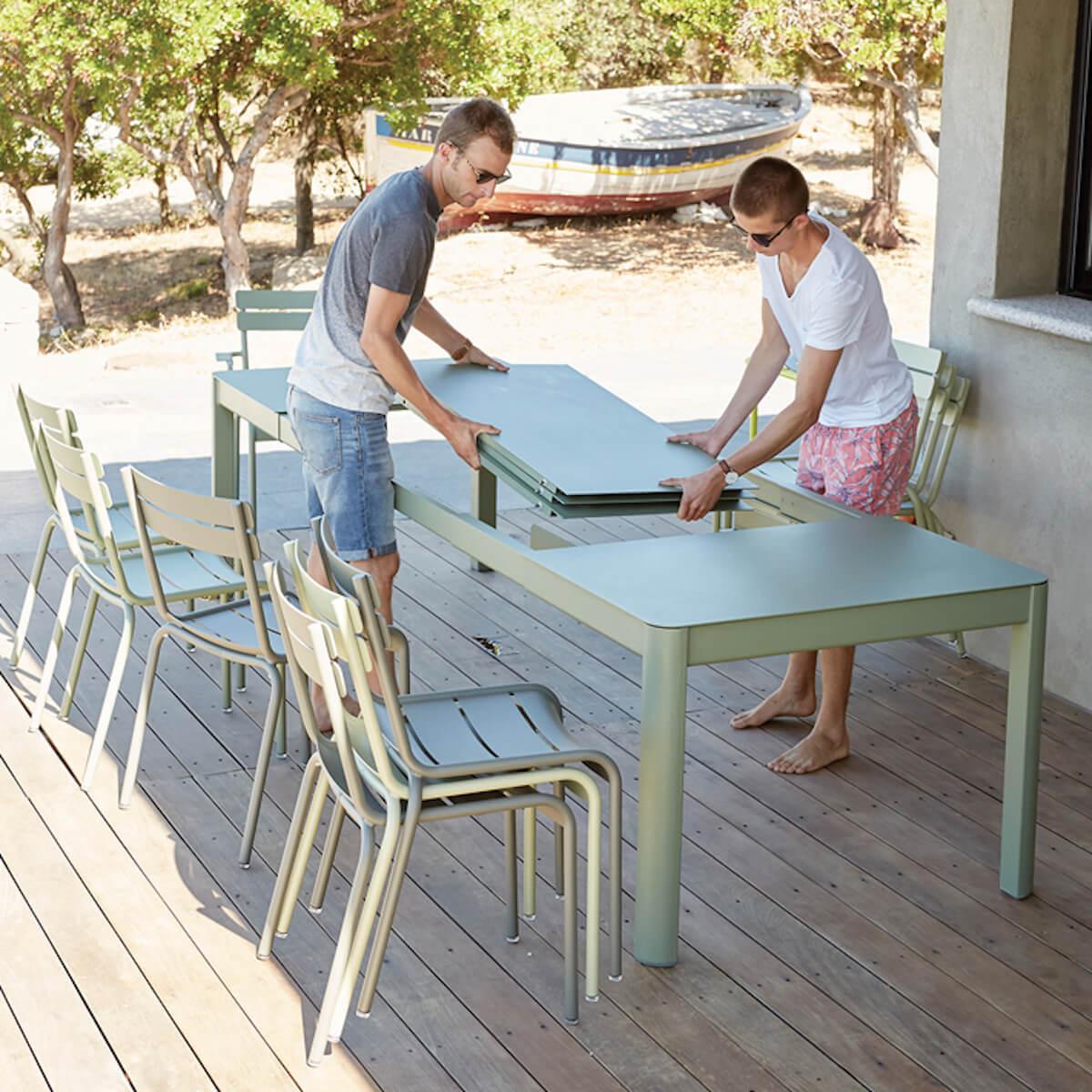 Table à rallonge XL 149/299x100cm RIBAMBELLE Fermob Réglisse