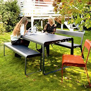 Table de jardin BELLEVIE Fermob aubergine